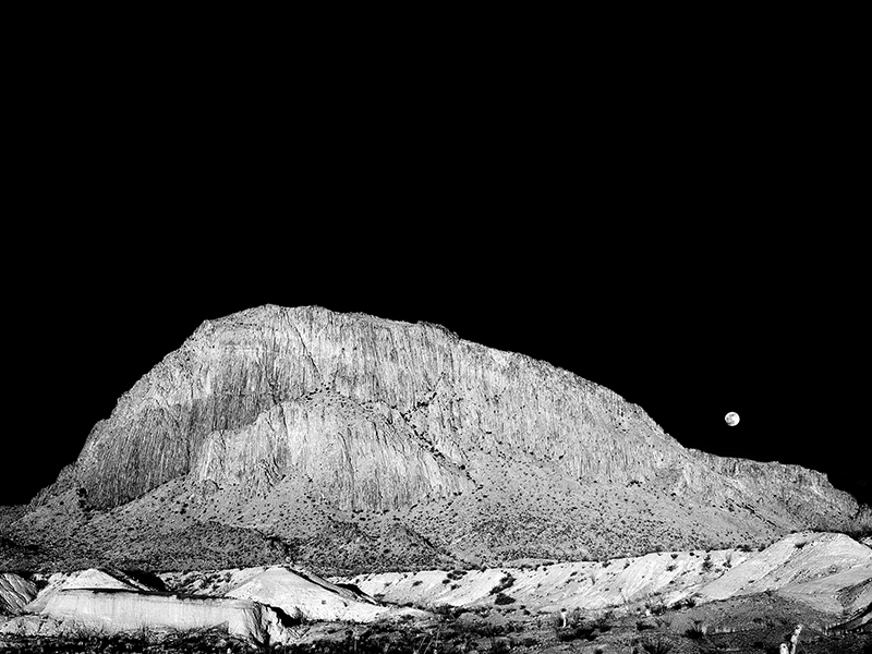 Moonrise_over_Willow_Mountain-Art-Gallery-Stay-At-Fort-Davis-Cow-Camp