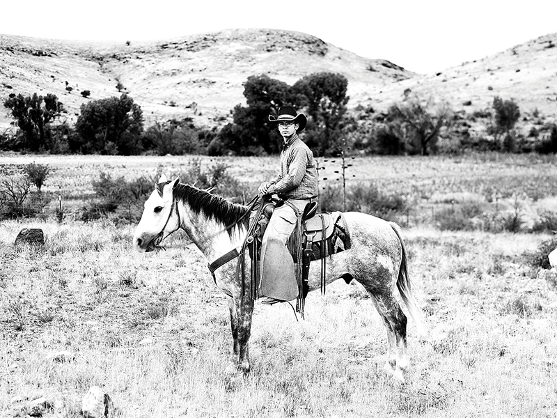 Cowboy_on_Horse-Art-Gallery-Stay-At-Fort-Davis-Cow-Camp