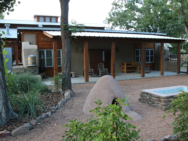 The-Bunkhouse-at-Cow-Camp-Best-Plae-To-Stay-in-Fort-Davis-front